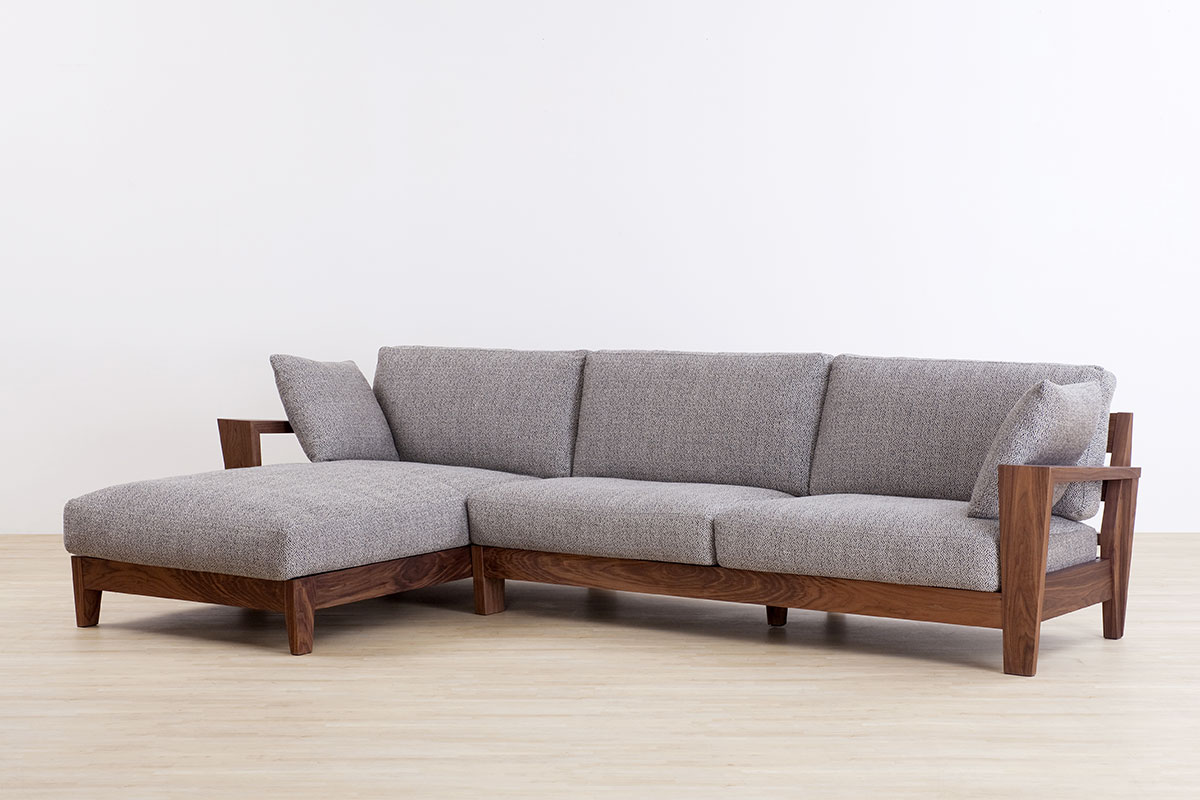 AUTHENTICITY SOFA E COUCH