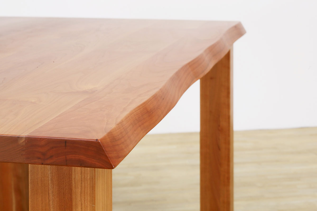 DINING TABLE ALL SOLID