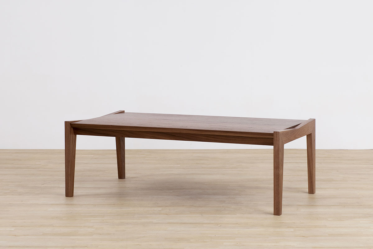 AUTHENTICITY FINE LIVING TABLE RF